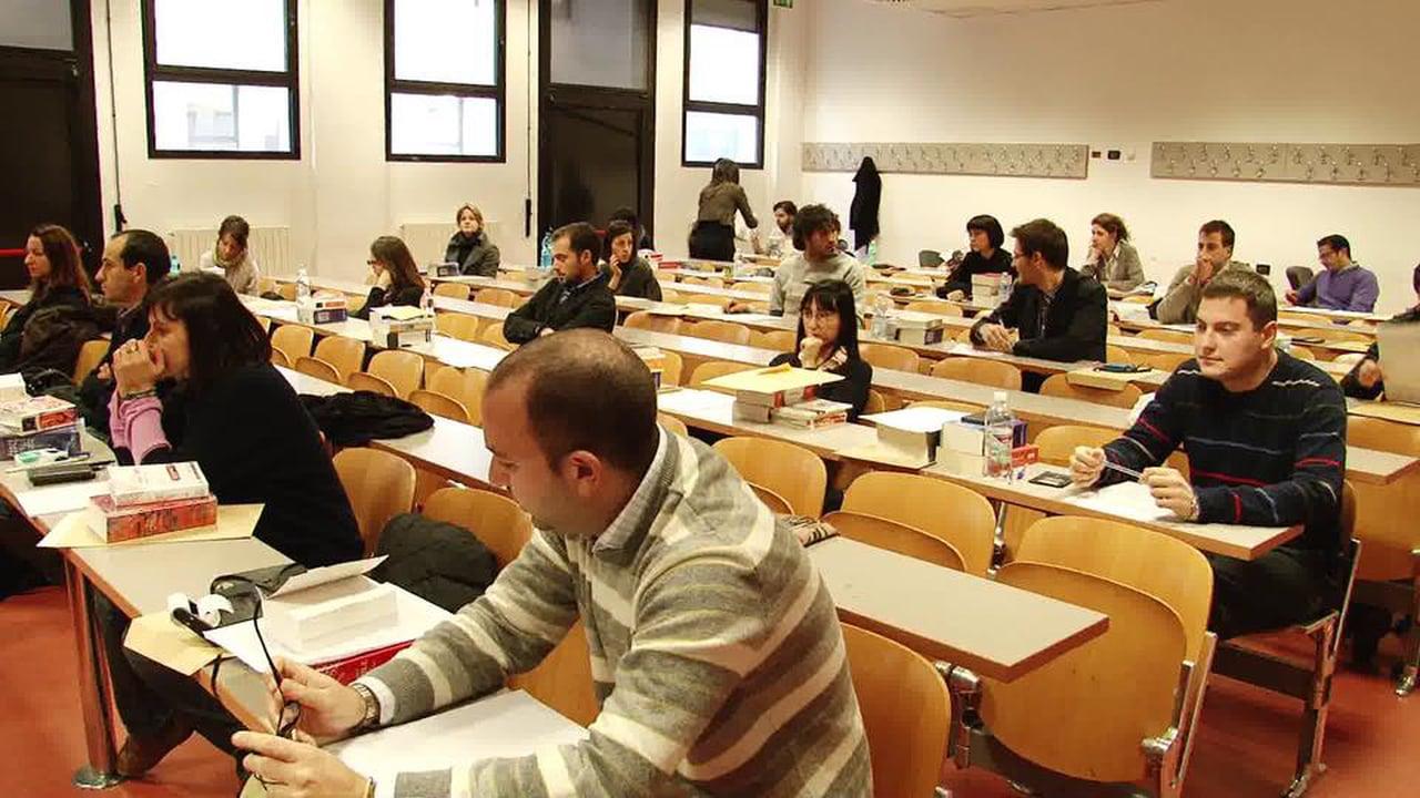 Concorso docenti abilitati: i titoli valgono fino al 22 marzo anche con la proroga. FAQ Miur