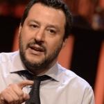 Matteo Salvini: chi fa l'insegnante è un privilegiato perché si fa tre mesi di vacanze consecutive l'anno